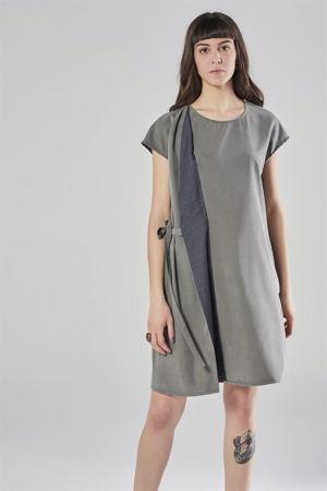 Picture of Diagonal dress in grey tones