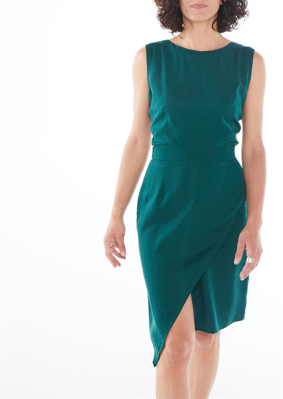 """Picture of """"flow""""  dress green"""